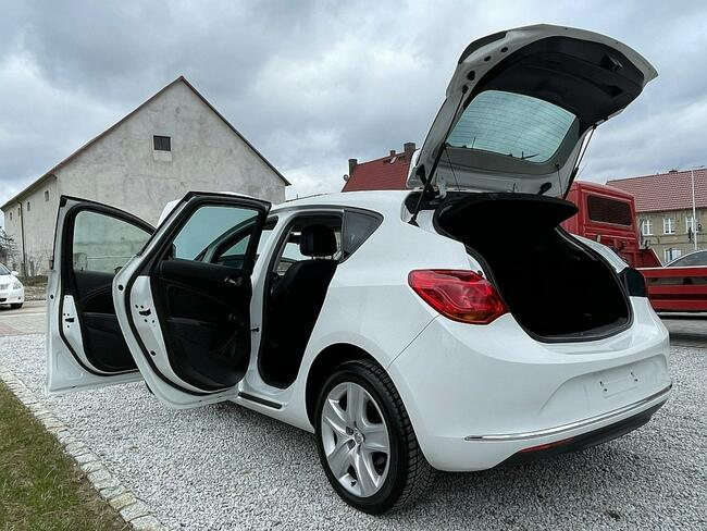 Opel Astra 1.6 Benz. 116KM z Niemiec, Biała, Lift 2013! Strzegom - zdjęcie 10