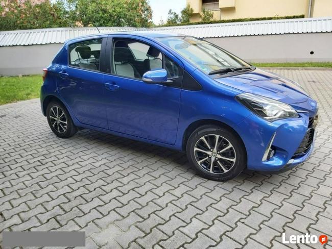 Toyota Yaris 1.5 111KM Lift ! Serwis * Klima* Kamera*Alu* Oplacona Kraków - zdjęcie 4
