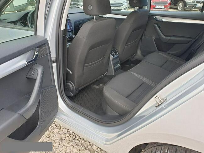 Škoda Octavia 1.0 TSI Ambition Hatchback 115KM Salon PL Piaseczno - zdjęcie 9