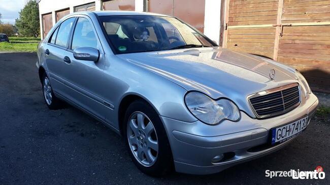 Mercedes- Benz Klasa C, mały przebieg ! Chojnice - zdjęcie 1