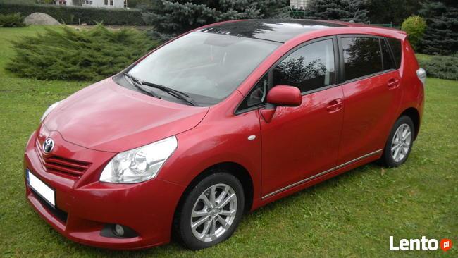 Toyota VERSO, 7-osobowa, 2011r Sanok - zdjęcie 2