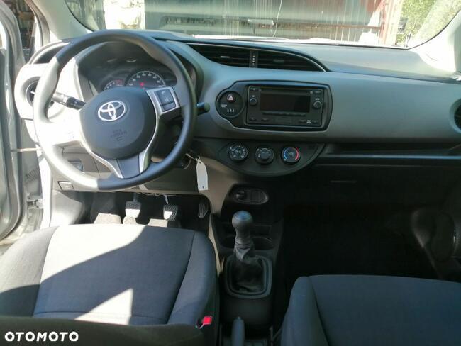 Toyota Yaris 1.0 Warszawa - zdjęcie 3