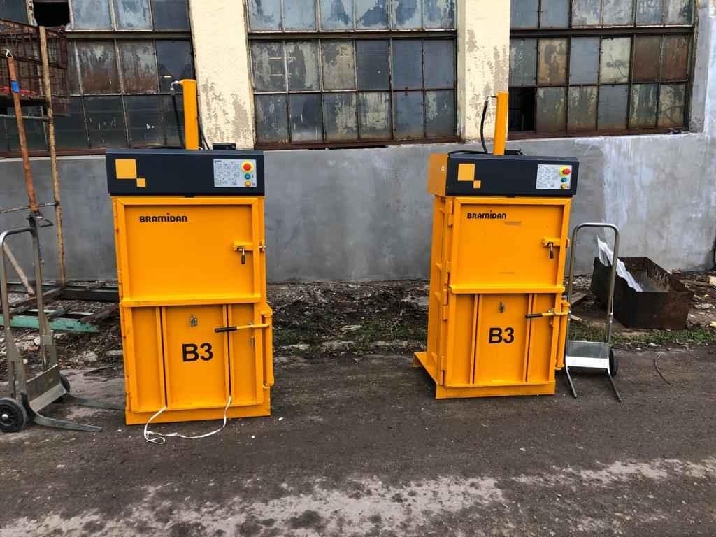 Belownica prasa do foli makulatury kartonu papieru odpadów śmieci Drzewica - zdjęcie 5