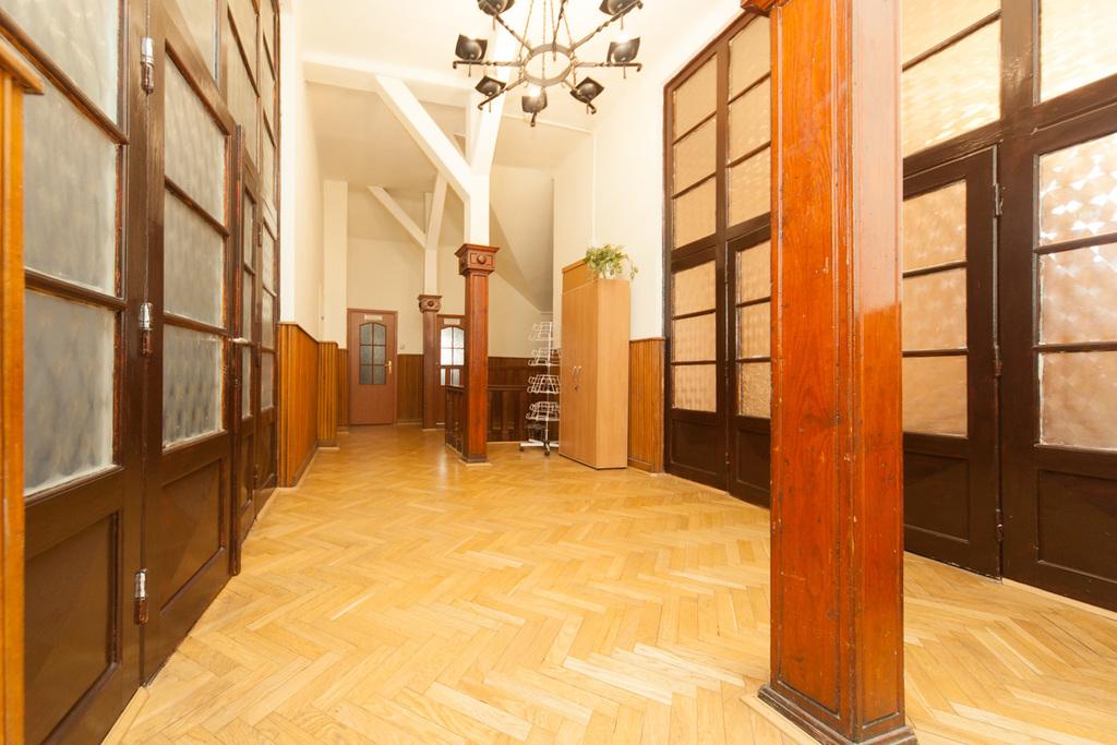 Powierzchnia biurowa w zabytkowym pałacu - centrum Lublin - zdjęcie 2