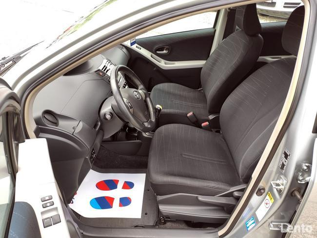 Toyota Yaris 1.3 VVT-i 87KM Climatronic*Free Hand*Ks.Serwisowa* Nowy Sącz - zdjęcie 5