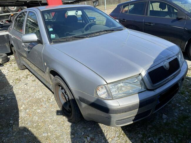 Škoda Octavia 1.9 TDI 100 km uszkodzony Pleszew - zdjęcie 8