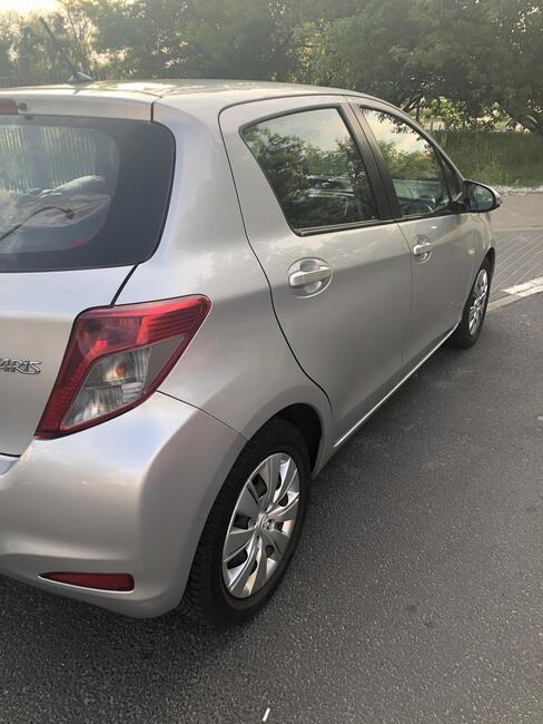Sprzedam Toyota Yaris 2013 Bemowo - zdjęcie 4