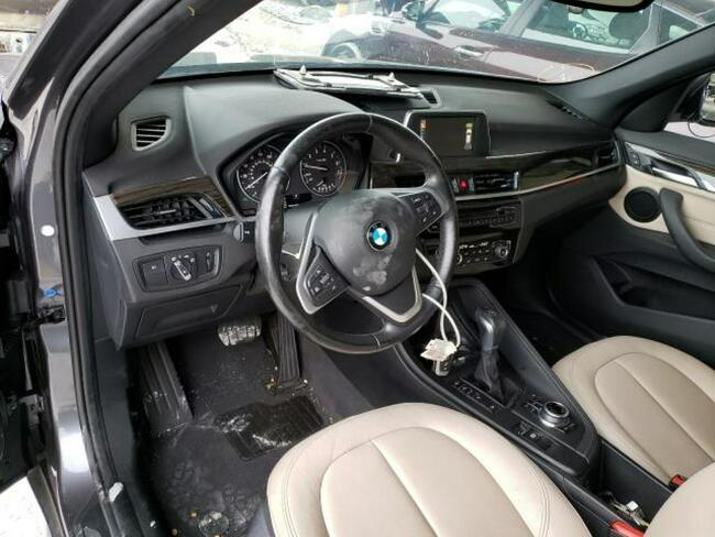 BMW X1 2017. 2.0L, 4x4, porysowany lakier Warszawa - zdjęcie 5