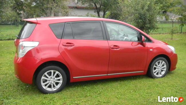 Toyota VERSO, 7-osobowa, 2011r Sanok - zdjęcie 4