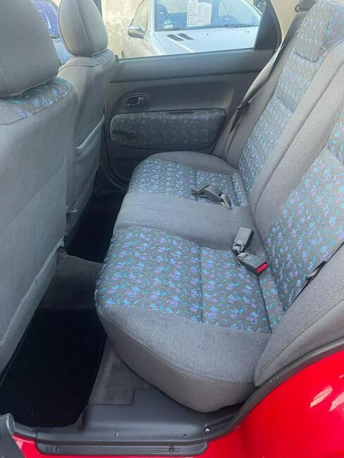 Mazda 121 / 1.3 benzyna / Gwarancja GetHelp / Opłacony Świebodzin - zdjęcie 10