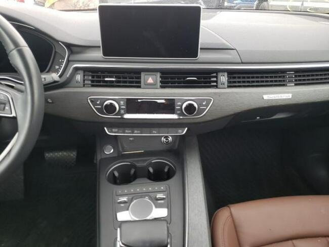 Audi A4 2018, 2.0L, 4x4, porysowany lakier Warszawa - zdjęcie 7