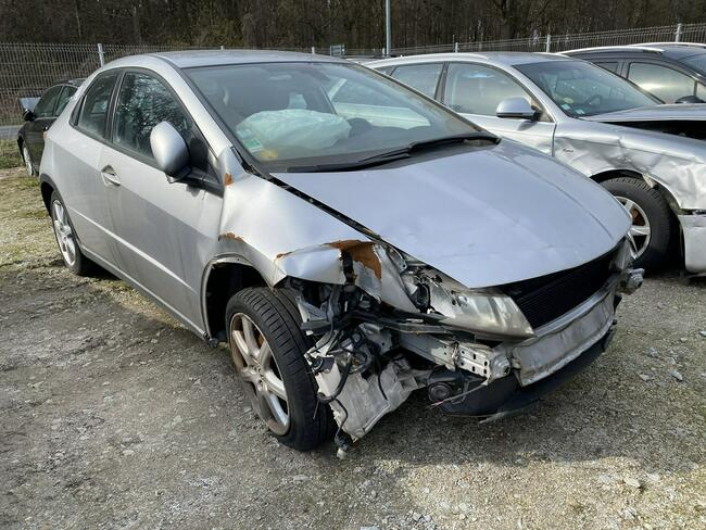 Honda Civic 2.2 CDTI 140km niski przebieg Pleszew - zdjęcie 4