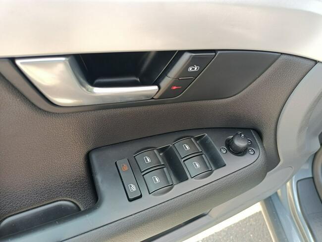 Seat Exeo 2.0 Climatronic Alu Xenon LED Navi Serwis Idealny z Niemiec Radom - zdjęcie 12