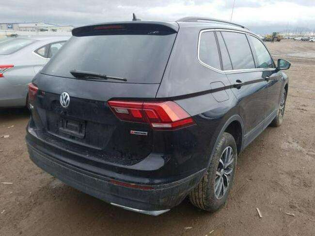 Volkswagen Tiguan 2019, 2.0L, 4x4, porysowany lakier Warszawa - zdjęcie 4
