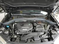 BMW X1 2017. 2.0L, 4x4, porysowany lakier Warszawa - zdjęcie 9