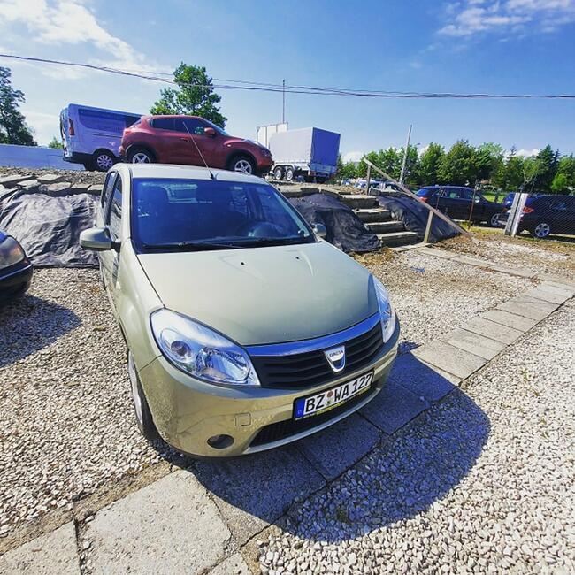 2009 Dacia Sandero 1.6 Benzyna 90 PS 73 tyś KM Nowy Sącz - zdjęcie 2