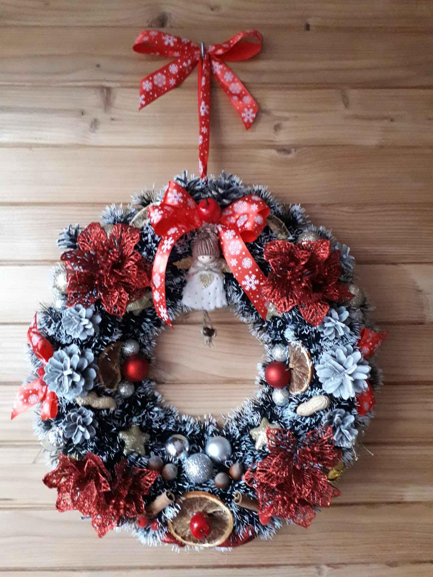 Wieniec bożonarodzeniowy Kielce - zdjęcie 2