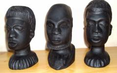 Sztuka afrykańska - 3 głowy z hebanu Śródmieście - zdjęcie 3