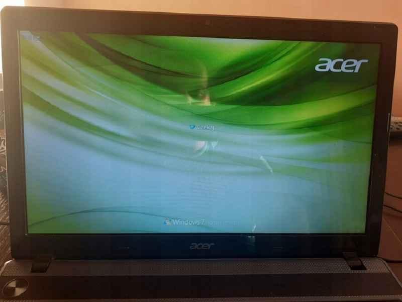 Acer Aspire 5749Z Dual Core 2,2GHz, 3GB RAM, 320GB Turek - zdjęcie 1