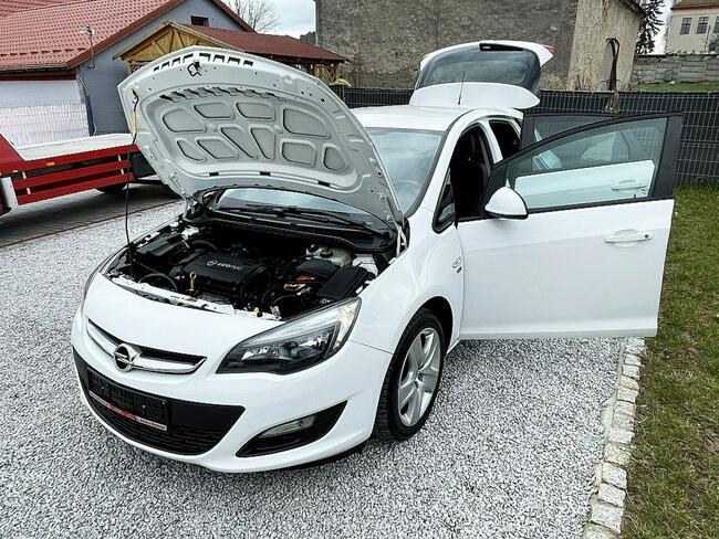 Opel Astra 1.6 Benz. 116KM z Niemiec, Biała, Lift 2013! Strzegom - zdjęcie 12