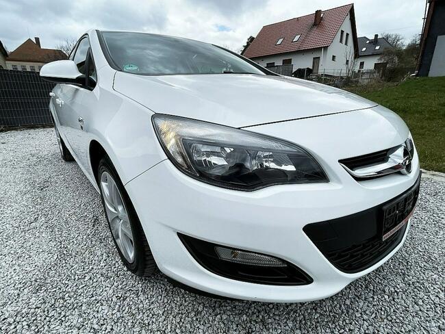 Opel Astra 1.6 Benz. 116KM z Niemiec, Biała, Lift 2013! Strzegom - zdjęcie 6