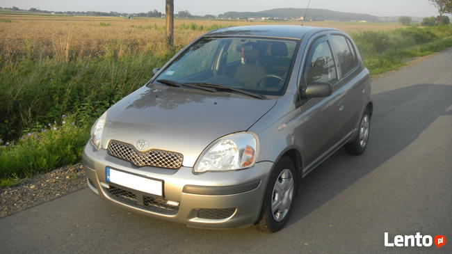 Toyota YARIS 1,3 Benzyna + LPG, 2004r Sanok - zdjęcie 1