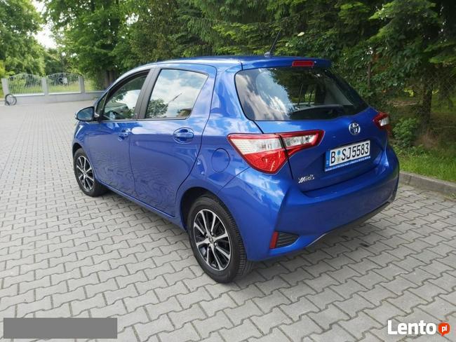 Toyota Yaris 1.5 111KM Lift ! Serwis * Klima* Kamera*Alu* Oplacona Kraków - zdjęcie 6