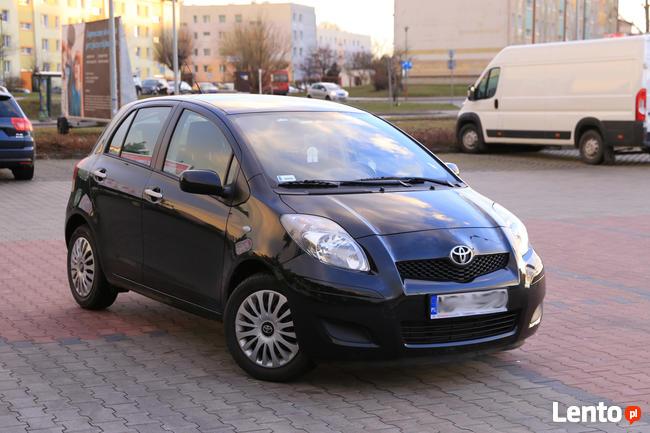 Toyota Yaris 2011 Hatchback 1.3, VV-Ti, polski sal Gdynia - zdjęcie 1