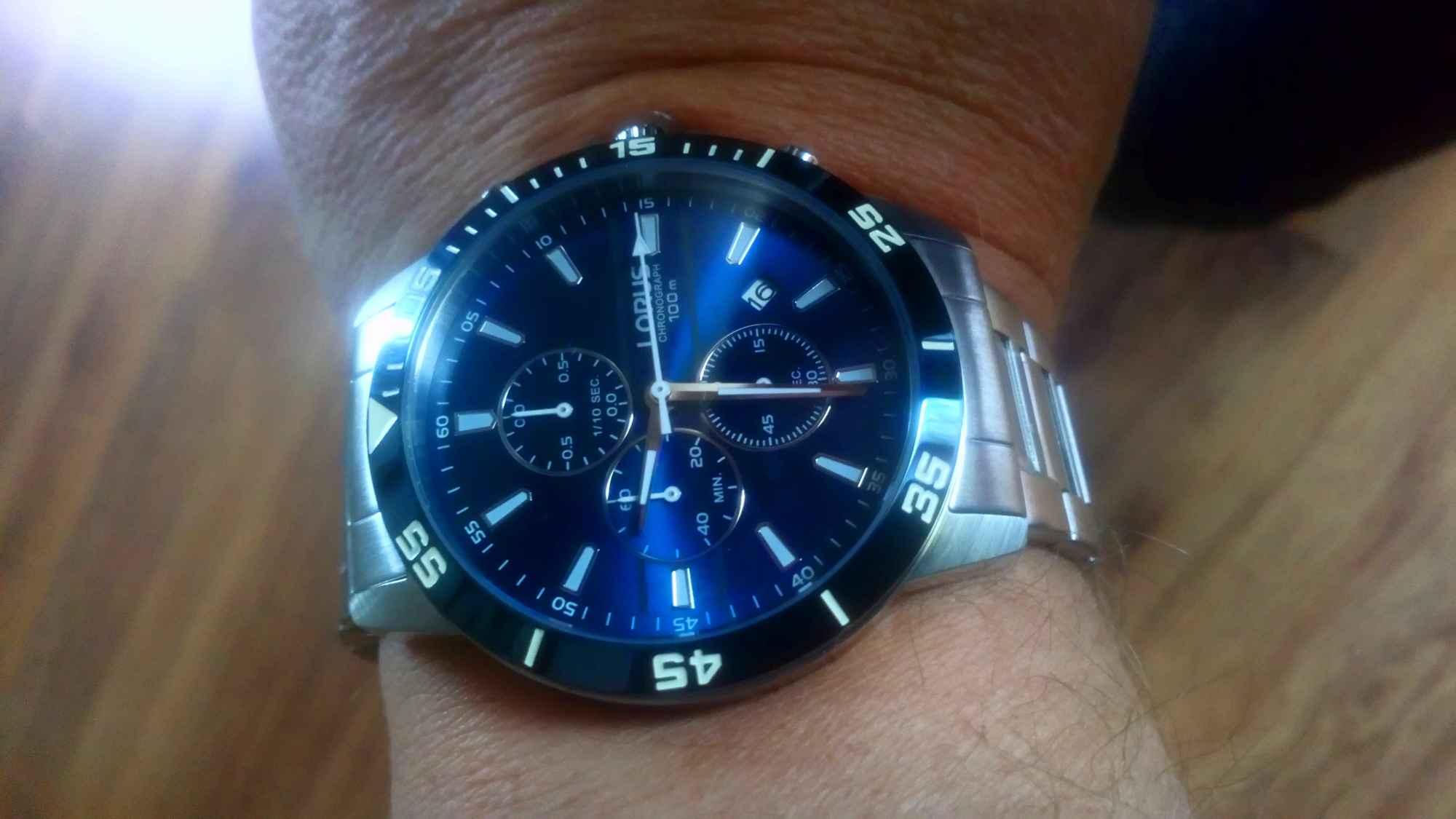 zegarek sportowy LORUS Płouszowice - zdjęcie 2