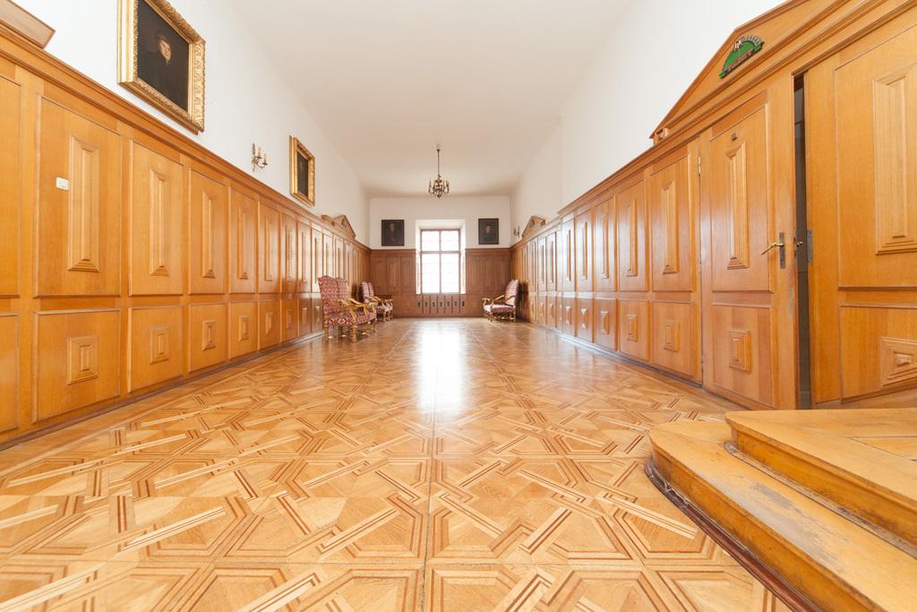 Powierzchnia biurowa w zabytkowym pałacu - centrum Lublin - zdjęcie 1