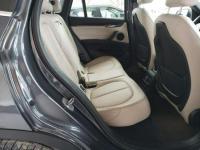 BMW X1 2017. 2.0L, 4x4, porysowany lakier Warszawa - zdjęcie 7
