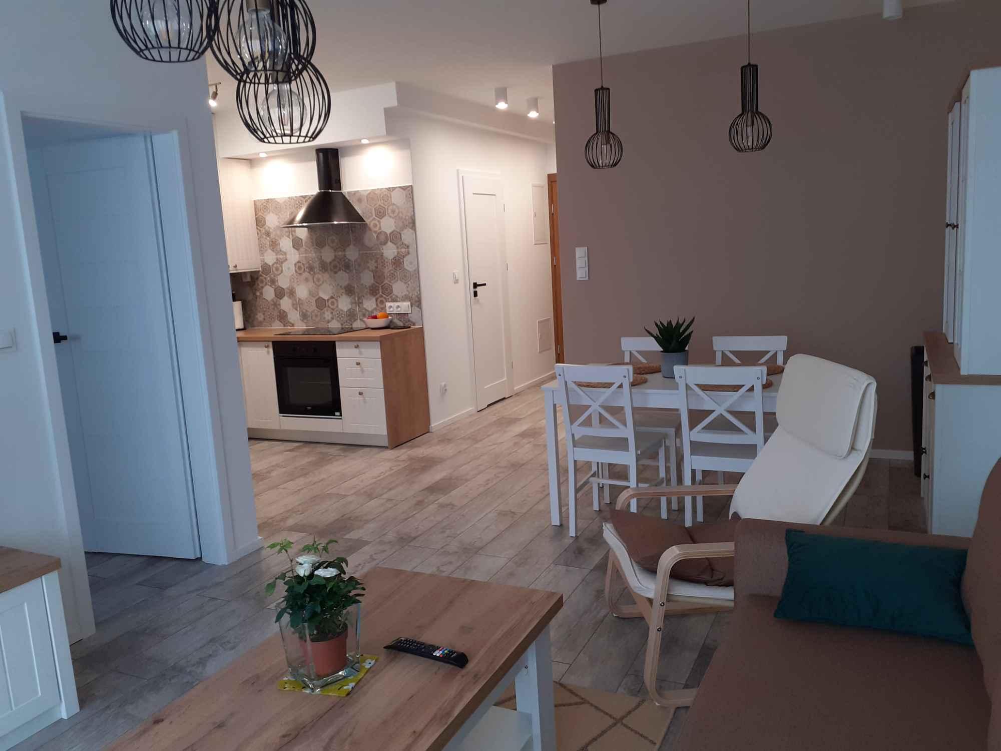 Wynajem mieszkania Krosno - zdjęcie 2