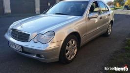 Mercedes- Benz Klasa C, mały przebieg ! Chojnice - zdjęcie 2
