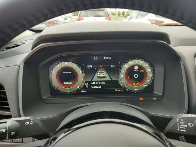 Nissan Qashqai 1.3 DIG-T MHEV 140 KM 6MT Premiere Edition Komorniki - zdjęcie 8
