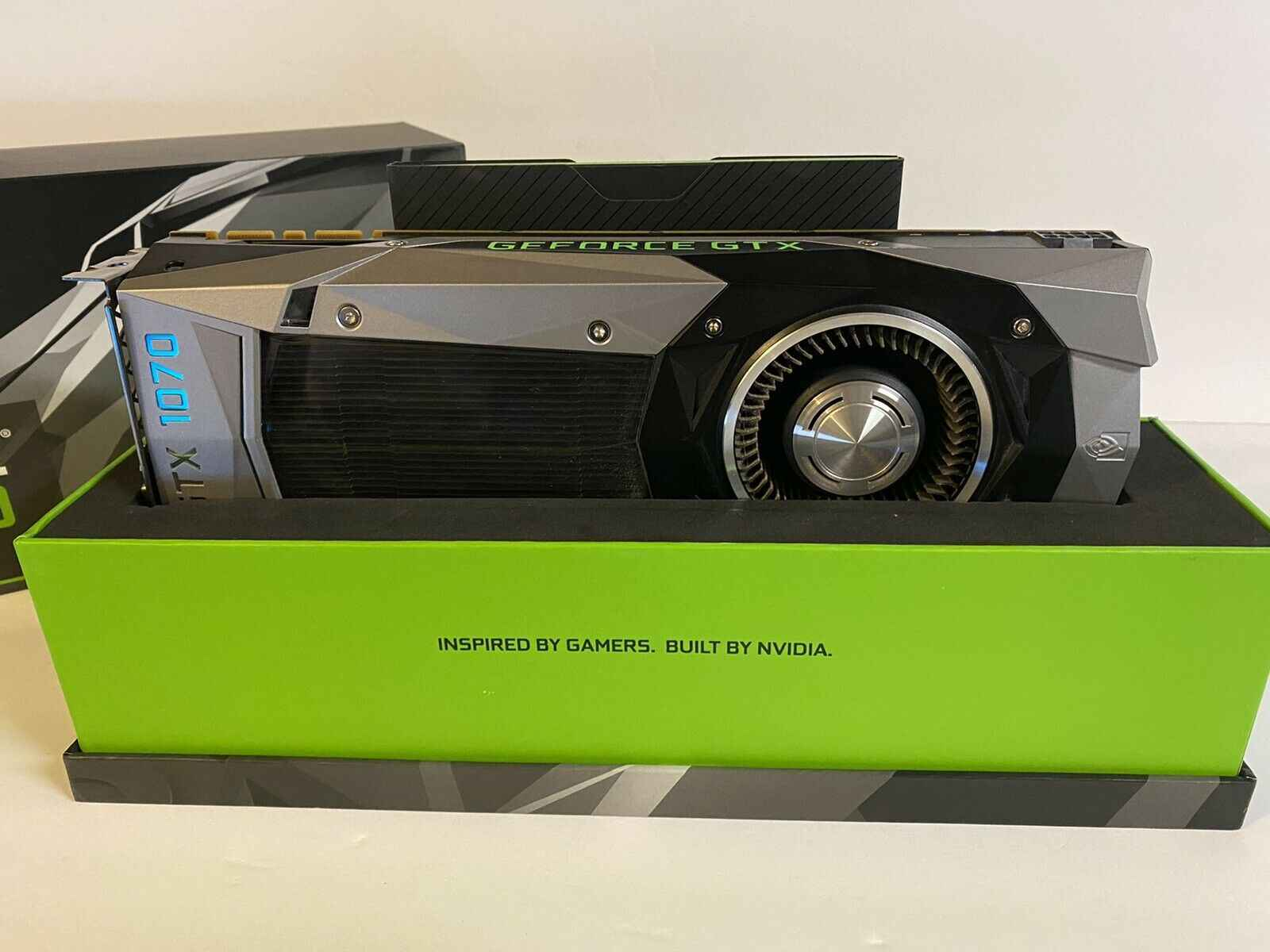 NVIDIA GeForce GTX 1070 Founders Edition 8GB GDDR5 Graphics Card GPU Bemowo - zdjęcie 5