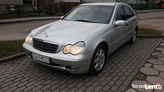Mercedes- Benz Klasa C, mały przebieg ! Chojnice - zdjęcie 6
