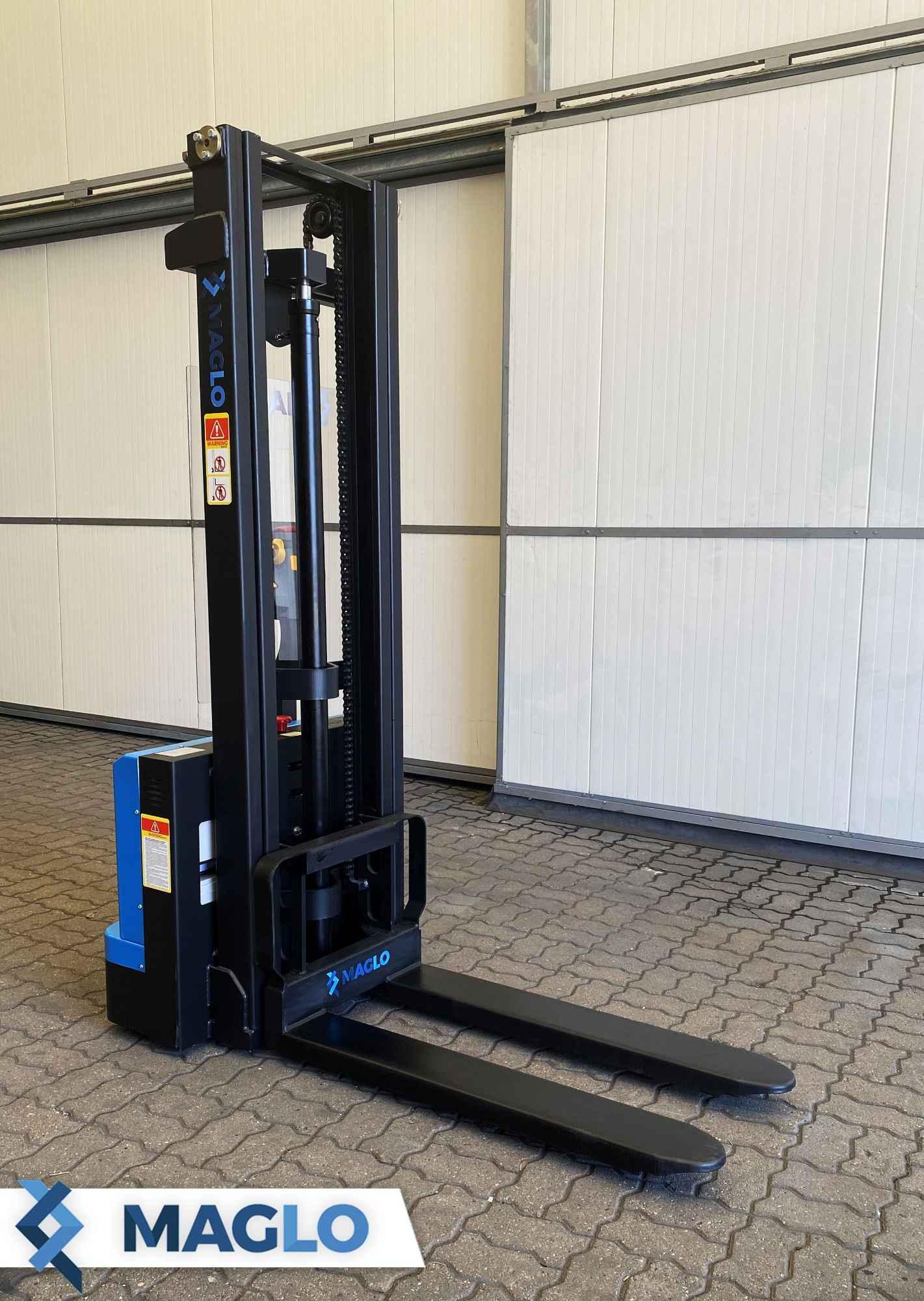 Akumulatorowy wózek podnośnikowy Maglo 1,5 T 3,3 M Bałuty - zdjęcie 1
