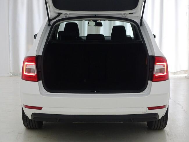 Škoda Octavia 2.0 TDI Ambition DSG Kombi Salon PL! 1 wł! ASO! FV23%! Ożarów Mazowiecki - zdjęcie 6