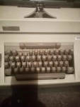 Sprzedam maszynę do pisania ROYAL Grodzisk Mazowiecki - zdjęcie 2