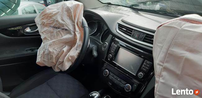 Sprzedam Nissan Qashqai Conect 1,6 benzyna 2016 uszkodzony Kraków - zdjęcie 4
