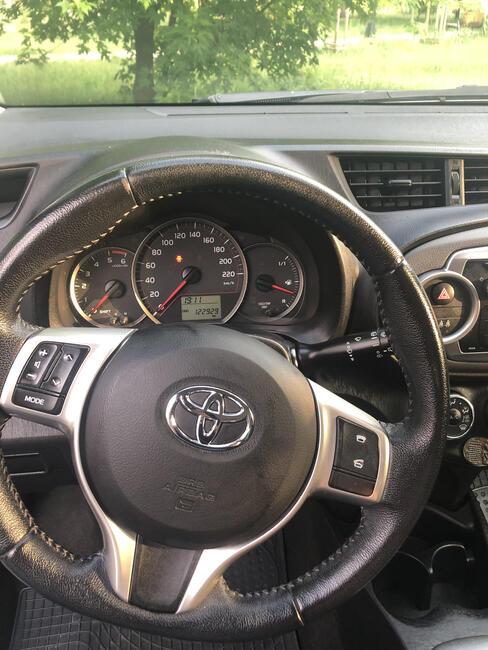 Sprzedam Toyota Yaris 2013 Bemowo - zdjęcie 1