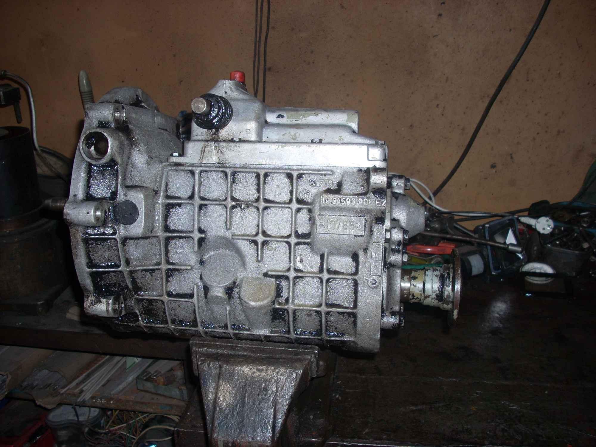 Ciągnik - maszyna leśna Marki - zdjęcie 1