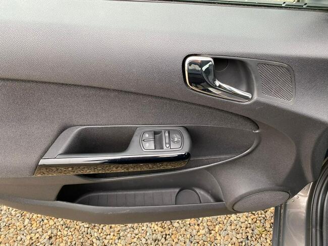 Opel Corsa Zarejestrowany, klima, gaz LPG! Zbąszyń - zdjęcie 11