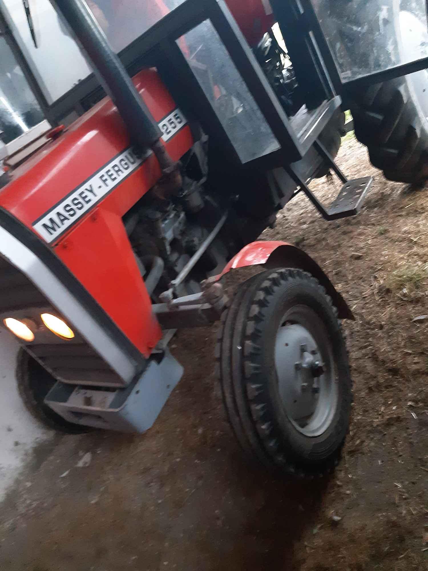 Sprzedam ciągnik MF 255 Kolonia Bobrowska Wola - zdjęcie 2