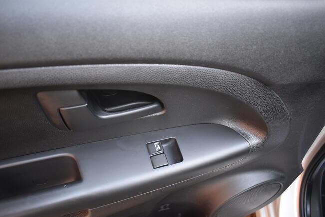 Zadbana1,4 benz. 90KM Klimatyzacja Serwisowana Bezwypadkowa Białogard - zdjęcie 8