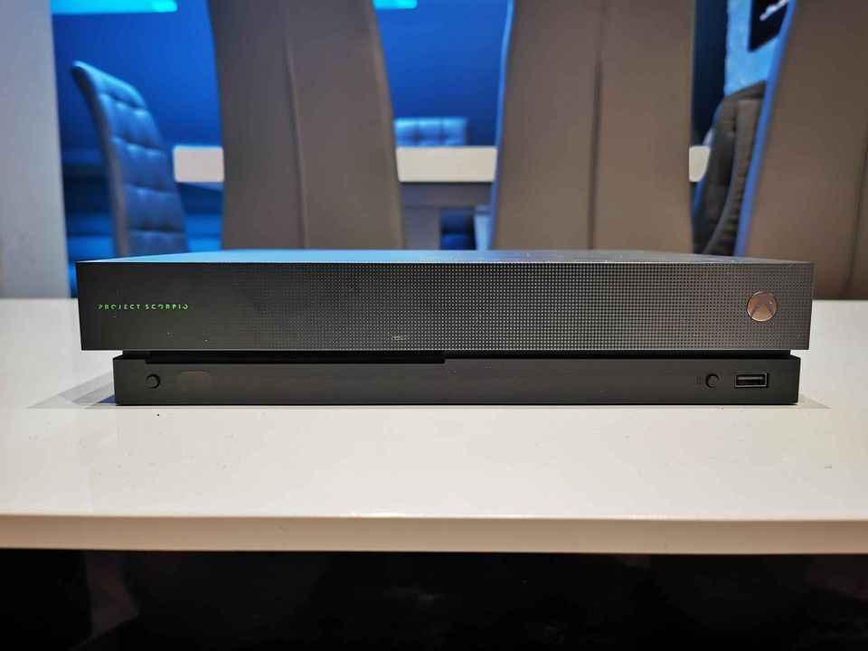 Konsola Xbox One X Żywiec - zdjęcie 3