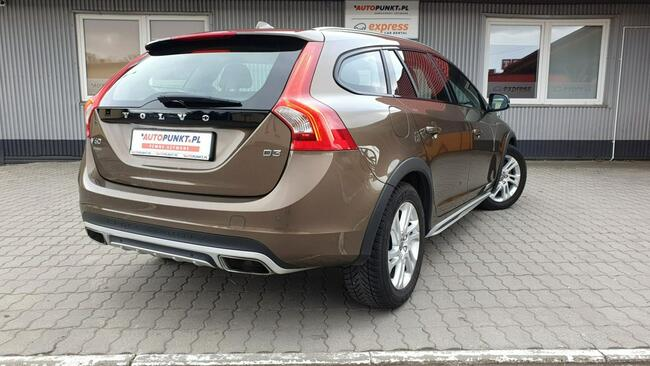 Volvo V60 CROSS COUNTRY Rzeszów - zdjęcie 5