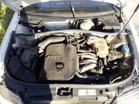 Sprzedam w Całości Lub Na Części Audi A 4*1.8 Benz*98 r Zduńska Wola - zdjęcie 7