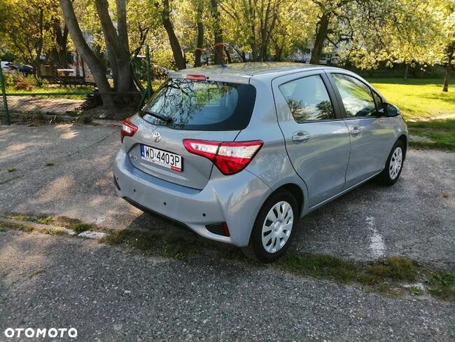 Toyota Yaris 1.0 Warszawa - zdjęcie 12