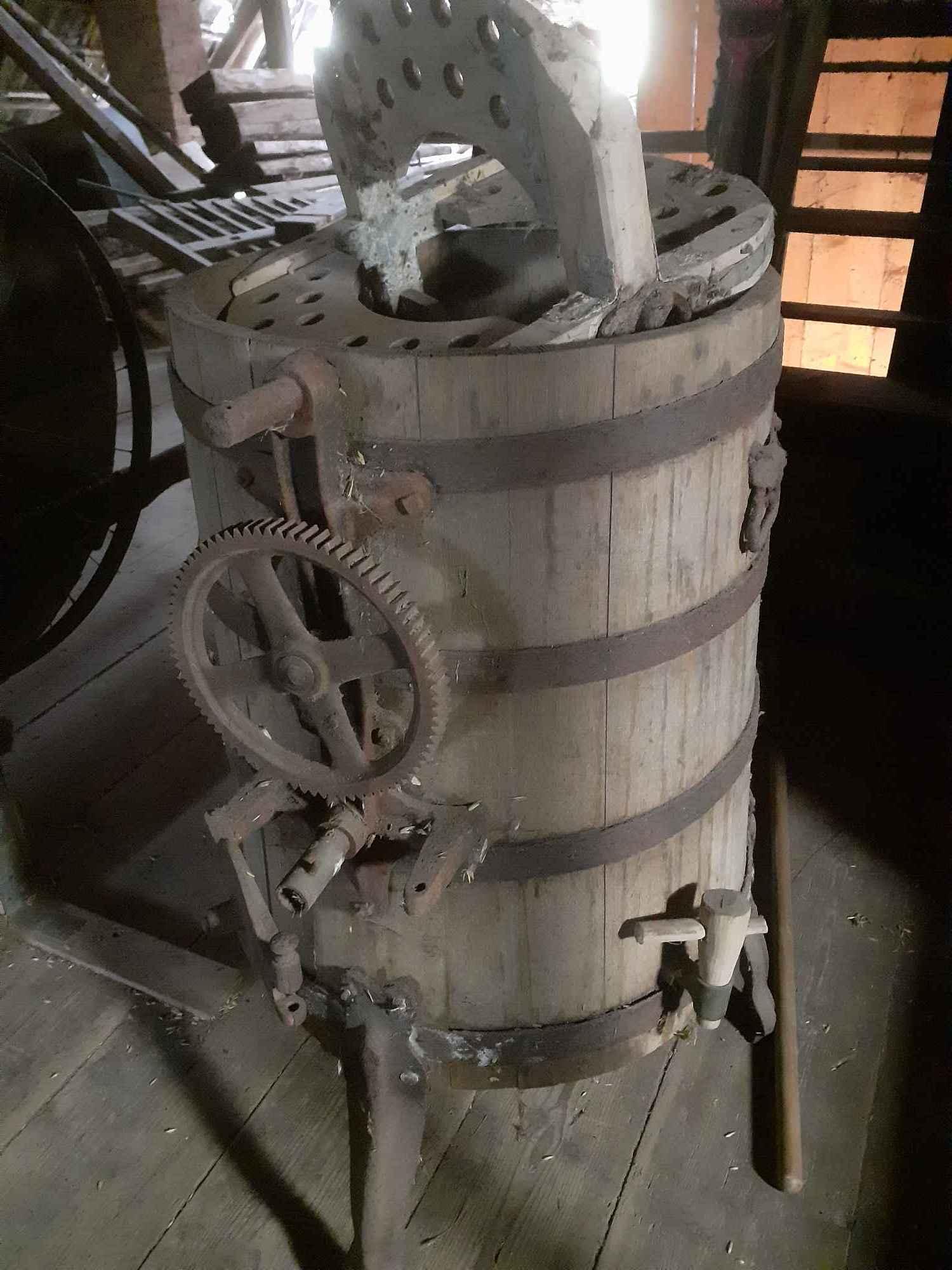 Masniczka do robienia masla poniemiecka Jodłów - zdjęcie 1